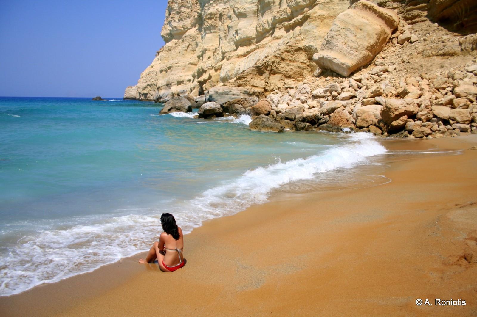 Red Beach Travel Guide For Island Crete Greece
