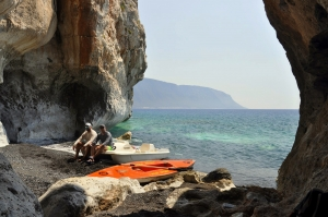 Caves in Marble beaches